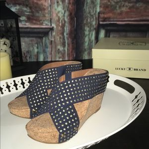 Lucky Brand Miller 2 stud wedge size 7